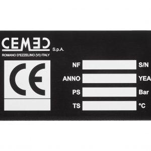 Targhetta in alluminio anodizzato nero con marcatura laser Center Tecnica